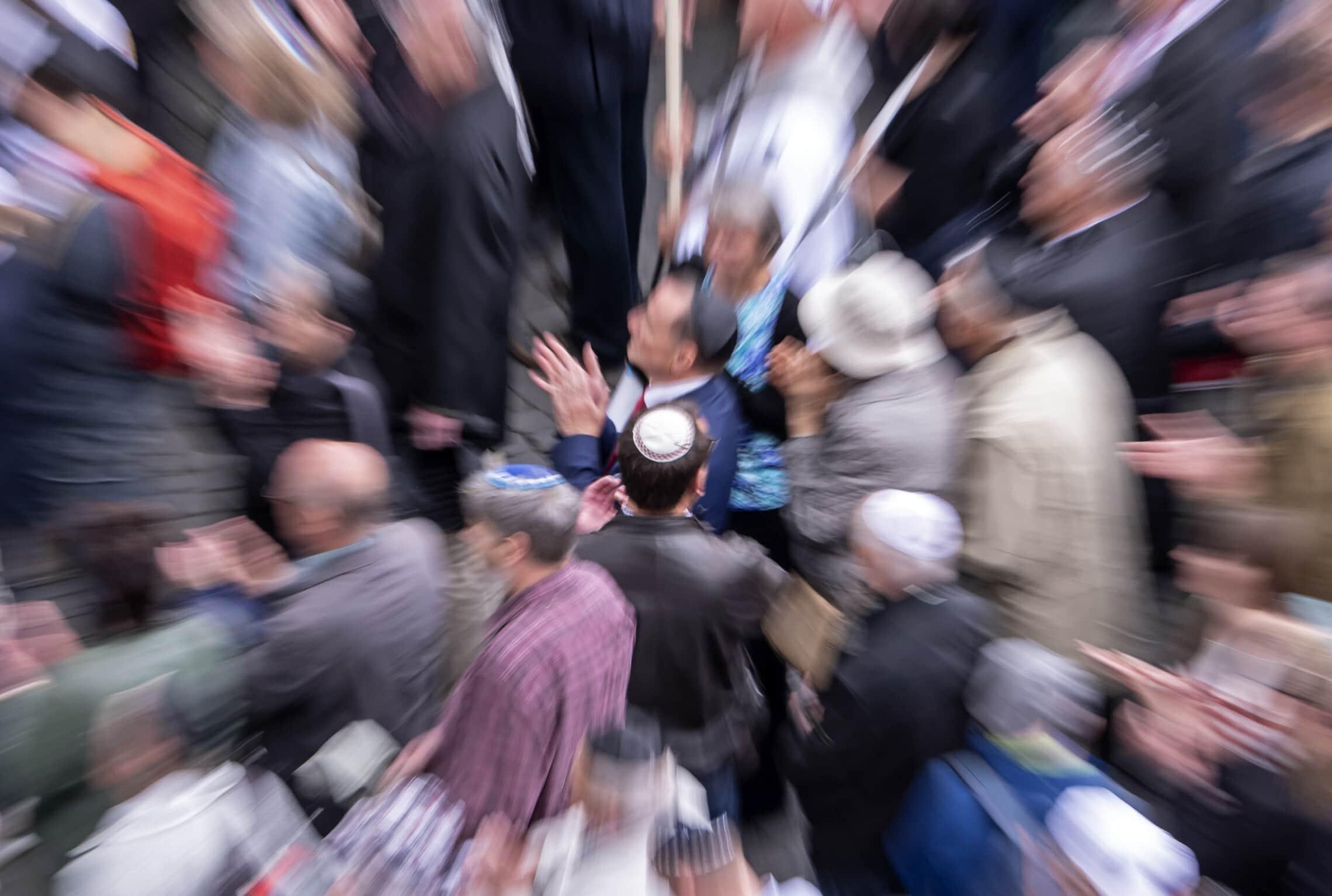 הפגנה נגד אנטישמיות בארפוט, גרמניה, 25 באפריל 2018 (צילום: AP Photo/Jens Meyer)