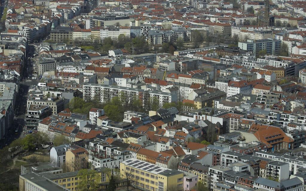 רובע המיטה בברלין. תושבי העיר דורשים להלאים מאות אלפי דירות (צילום: AP Photo/Markus Schreiber)
