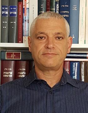 פרופ' עומר דקל (צילום: אורן נגי, ויקיפדיה)