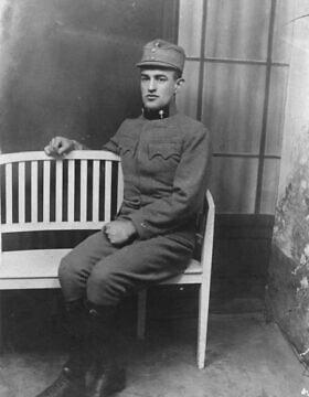 סבה של ג'ולי מץ, ג'וליוס זינגר, במדי מלחמת העולם הראשונה שלו (צילום: אוסף משפחת זינגר-מץ, מכון ליאו בק, ניו יורק)