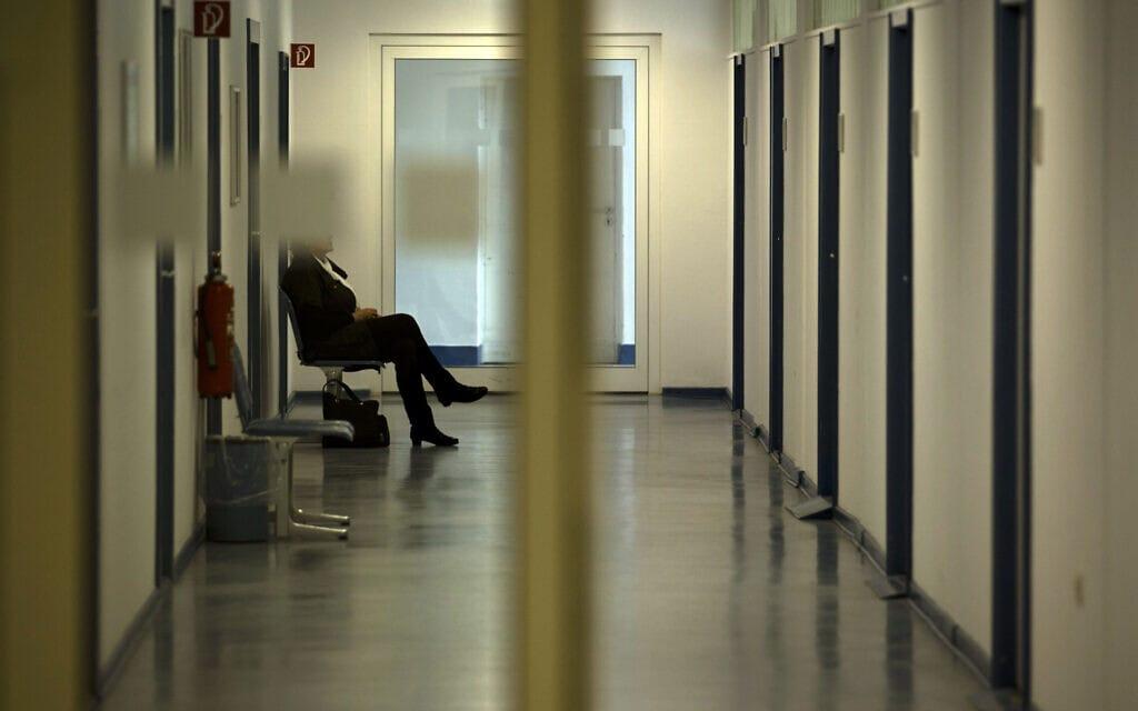 לשכת תעסוקה בברלין, גרמניה (צילום: AP Photo/Markus Schreiber, File))