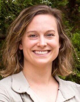 לורה ברייד (צילום: מתוך האתר של קולג' אלביון)
