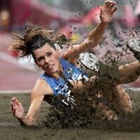 האתלטית הישראלית חנה מיננקו באולימפיאדת טוקיו, 30.7.2021 (צילום: AP Photo/David J. Phillip)