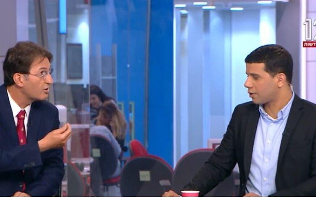 מוחמד מג'אדלה ובועז ביסמוט באולפן חדשות ערוץ 12, צילום מסך