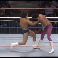 טורניר היאבקות WWF.1986 צילום מסך מסרטון  של Rassle Reel