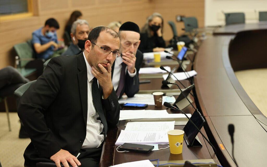 """ח""""כ שמחה רוטמן בוועדת החוקה, 13 ביולי 2021 (צילום: נועם מושקוביץ, דוברות הכנססת)"""