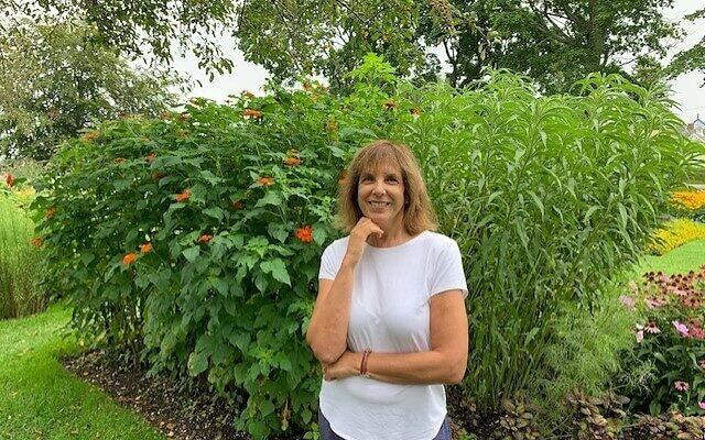 דבורה רוזנבלום, מנהלת התוכנית של JWI (צילום: באדיבות דבורה רוזנבלום)