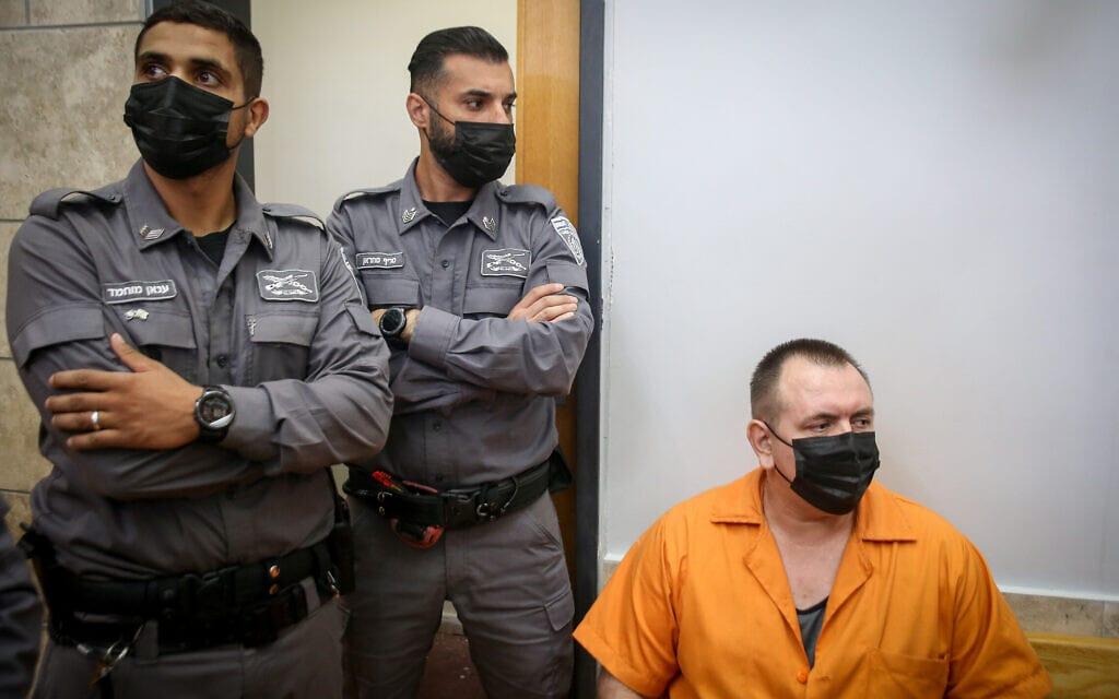 רומן זדורוב נראה בבית המשפט המחוזי בנצרת, 18 באוגוסט 2021 (צילום: דוד כהן/פלאש90)