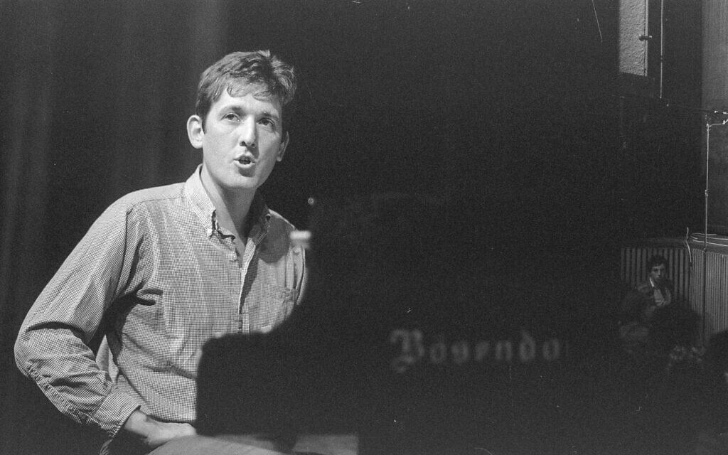 """יוני רכטר ב-1984 (צילום: חנניה הרמן/לע""""מ)"""