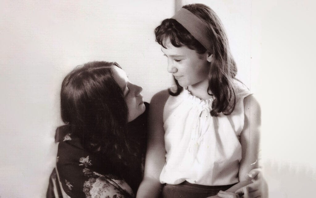 נעמי וללי שמר ב-1967 (צילום: יעקב אגור)