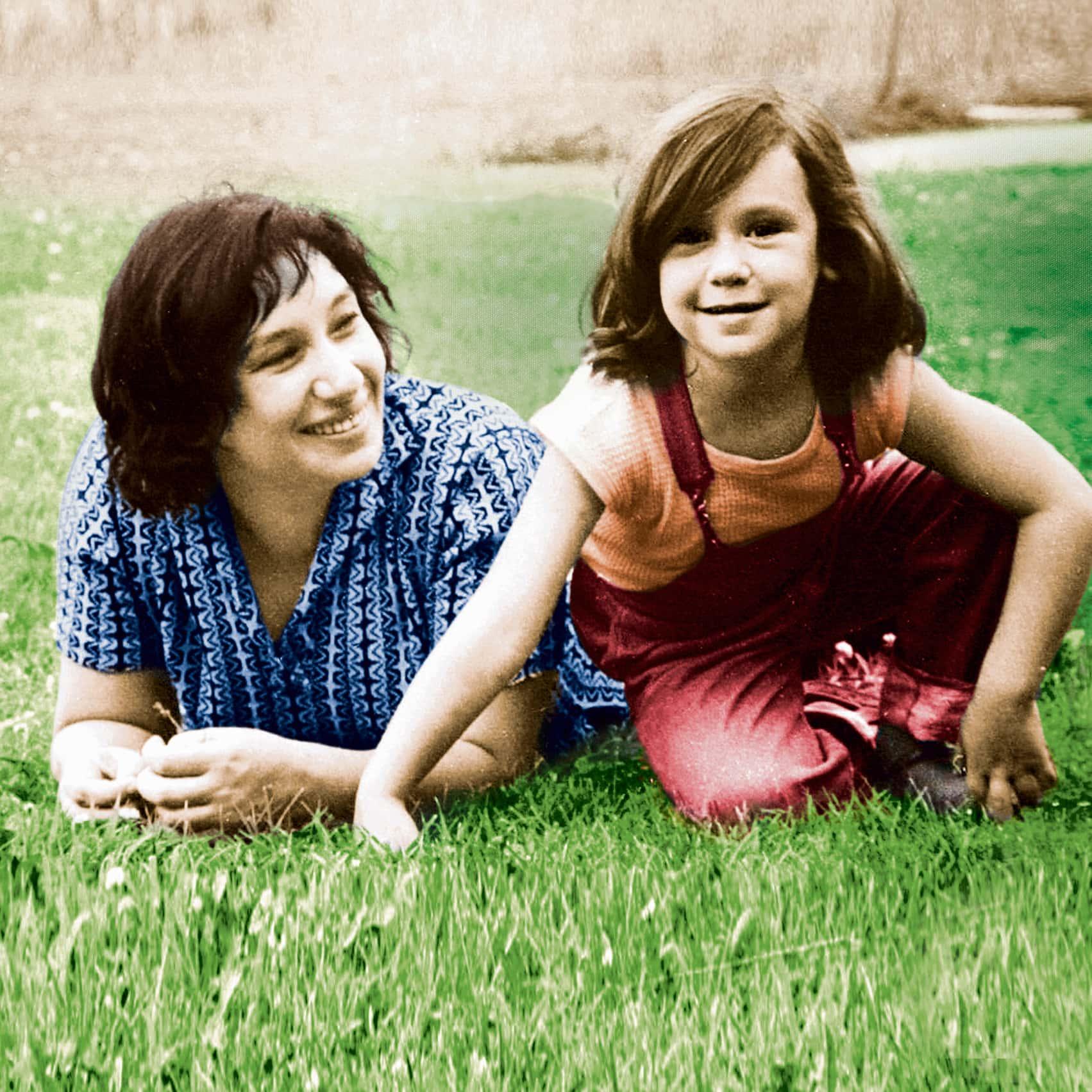 ללי בת החמש ואמה נעמי שמר, בתחילת שנות ה-60