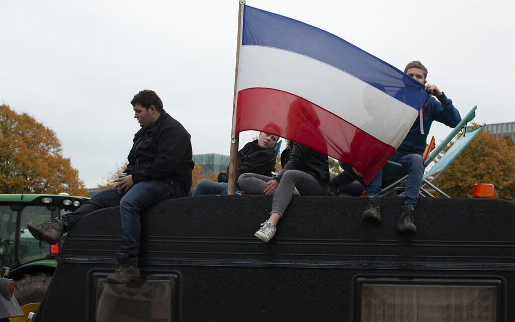 מחאת איכרים בהולנד, 16 באוקוטבר 2019 (צילום: AP Photo/Peter Dejong)