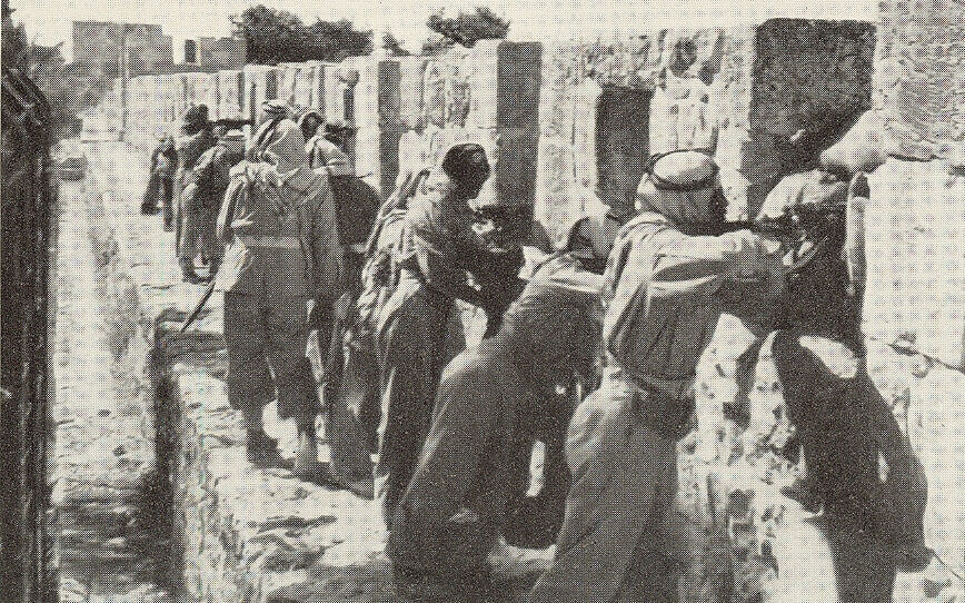 חיילים ירדנים על חומות העיר העתיקה בירושלים ב-1948