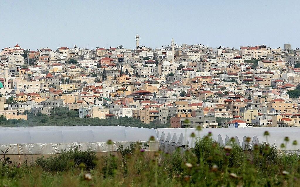 מבט על באקה אל גרבייה ב-2012 (צילום: משה שי/פלאש90)