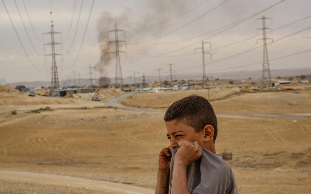 זיהום אוויר באזור רמת חובב. אילוסטרציה (צילום: יניב נדב/פלאש90)