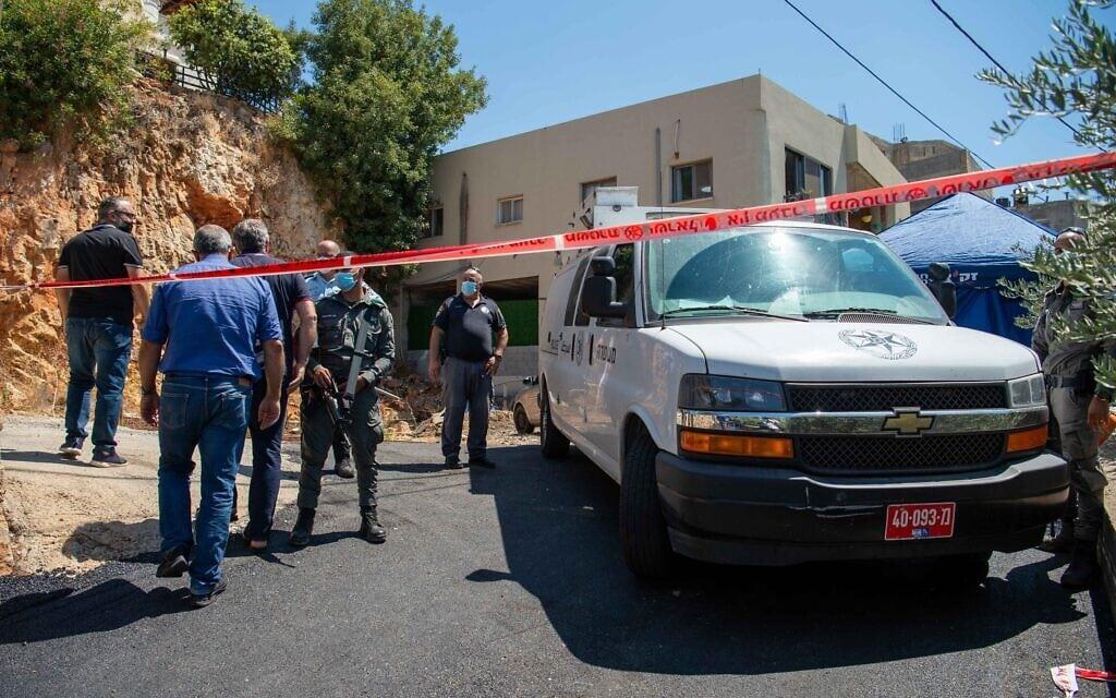 כוח משטרתי בזירת רצח ביישוב ערבי. אילוסטרציה (צילום: פלאש90)