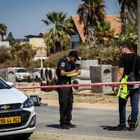 זירת האירוע שבו נהרג מתנדב משטרה ונפצע שוטר כתוצאה מדריסה מכוונת, במחסום ליד נהריה. 21 בספטמבר 2021 (צילום: Alon Nadav/Flash90)
