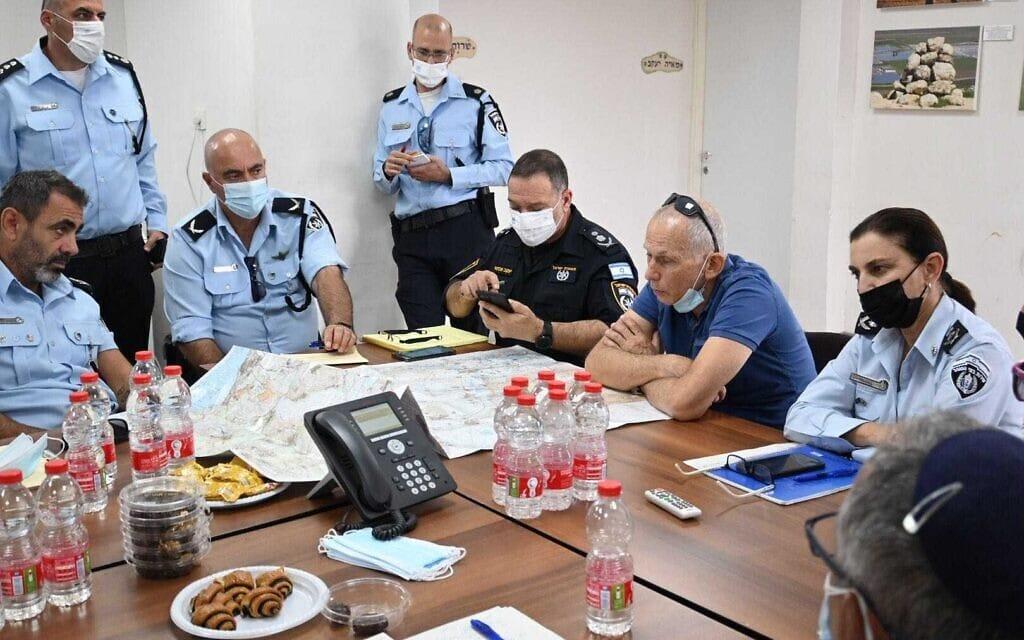 """השר לביטחון הפנים עמר בר־לב בחפ""""ק אירוע הימלטות האסירים מכלא גלבוע, 6 בספטמבר 2021"""