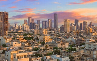 שקיעה בתל אביב. אילוסטרציה (צילום: iStock)