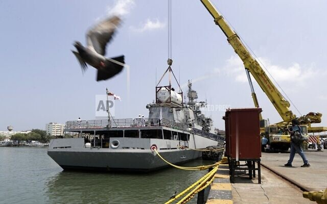 אוניה בנמל במומביי, הודו, מאי 2021 (צילום: AP Photo/Rajanish Kakade)