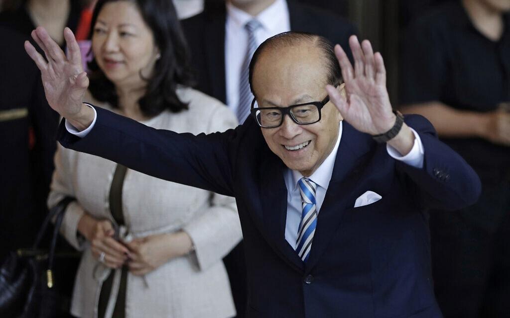 המיליארדר ההונג-קונגי לי קה שינג ב-2018 (צילום: AP Photo/Kin Cheung)
