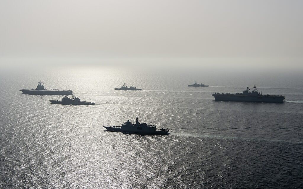 """תרגיל ימי משותף של צבא ארה""""ב, צרפת, בלגיה ויפן בים הערבי, 19 במארס 2021 (צילום: US Navy via AP)"""