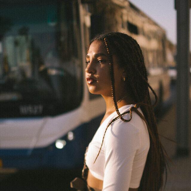 שרונה שניידר בתל אביב (צילום: Elrom Benavraham)