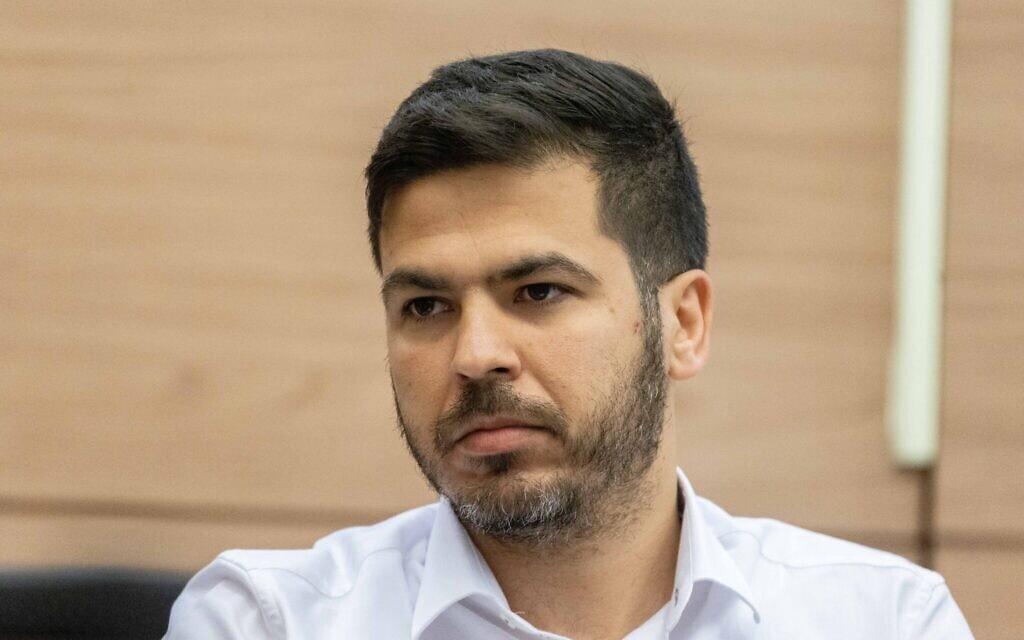 חסן טואפרה, ראש הרשות לפיתוח כלכלי במגזר המיעוטים, משתתף בישיבת הוועדה המיוחדת לענייני החברה הערבית בכנסת, 21 ביוני 2021 (צילום: ונתן זינדל/פלאש 90)