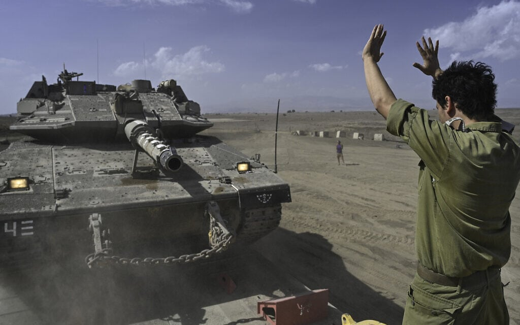 """חיילי צה""""ל בצפון הגולן ליד הגבול עם סוריה, 17 באוקטובר 2021 (צילום: Michael Giladi/Flash90)"""