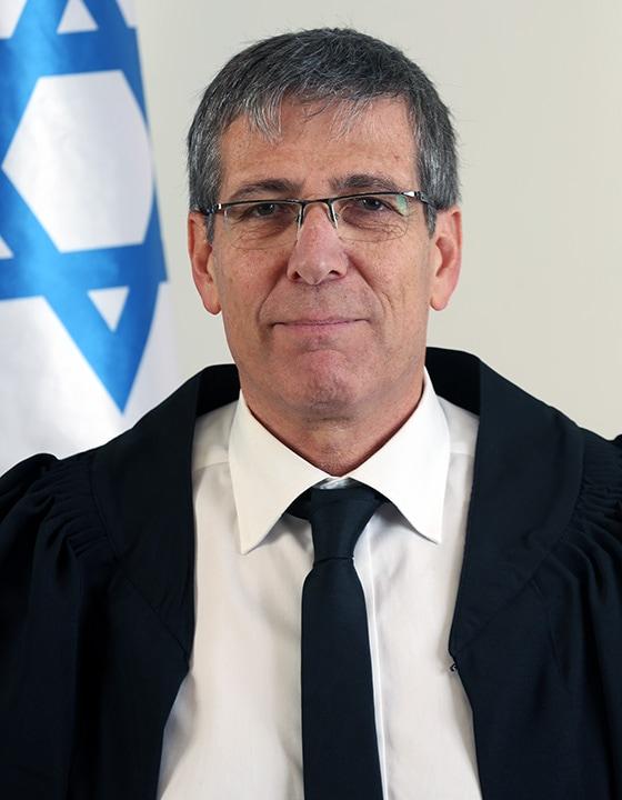 השופט אלי אברבנאל (צילום: הרשות השופטת)