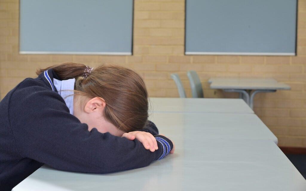 פגיעה מינית בילדים, אילוסטרציה (צילום: chameleonseye / iStock)