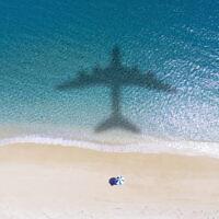 צל של מטוס, אילוסטרציה (צילום: Tomwang112 / iStock)